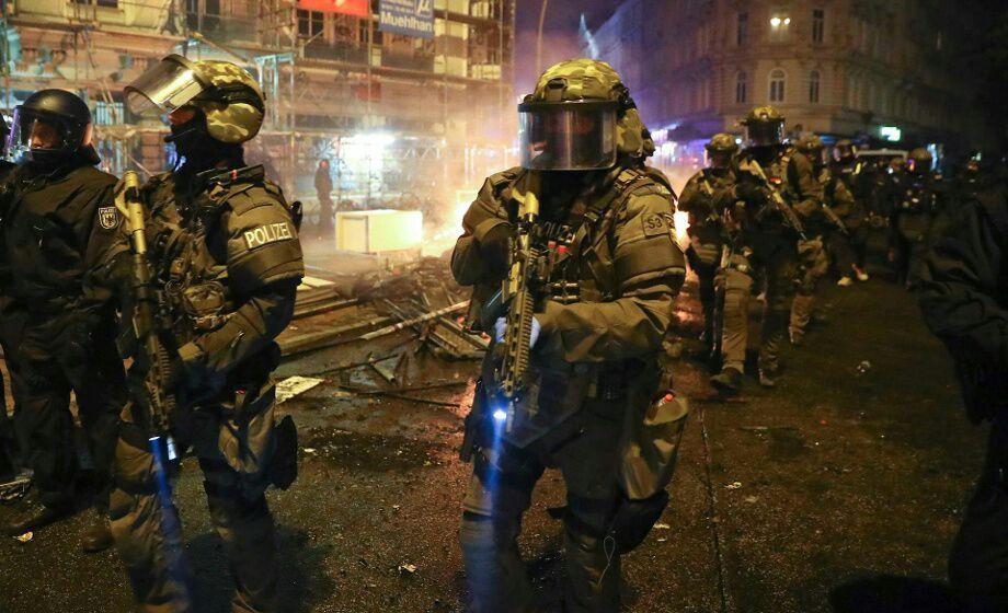 SEK, MEK and Cobra units deployed in Hamburg during G20