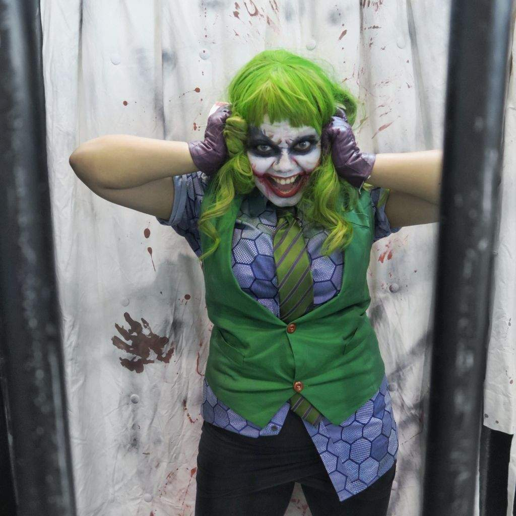 Heath Ledger Joker Cosplay