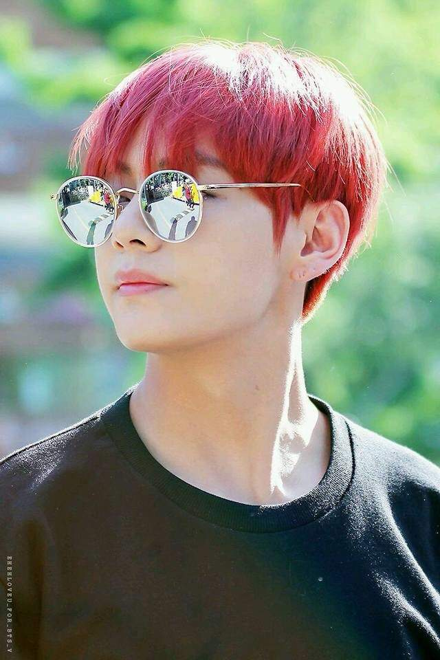 Red Hair And Retro Glasses Armys Amino
