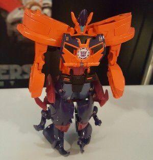 Hasbro Transformers Combiner Force Figuren Saberhorn und Bisk Saberclaw