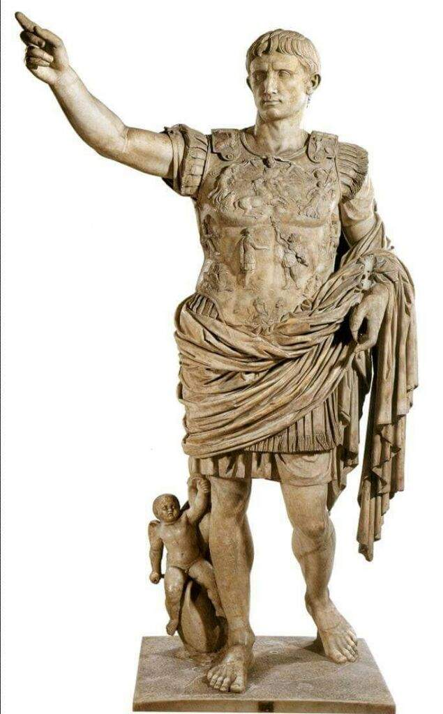 essays classical emperors Emperor, nobility, scholars, , farmers, artisans, peasants and slaves social mobility could occur if one could afford education and pass civil service exam merchants are looked down upon due to confucian beliefs as seeing them as parasitic bronze and iron working.