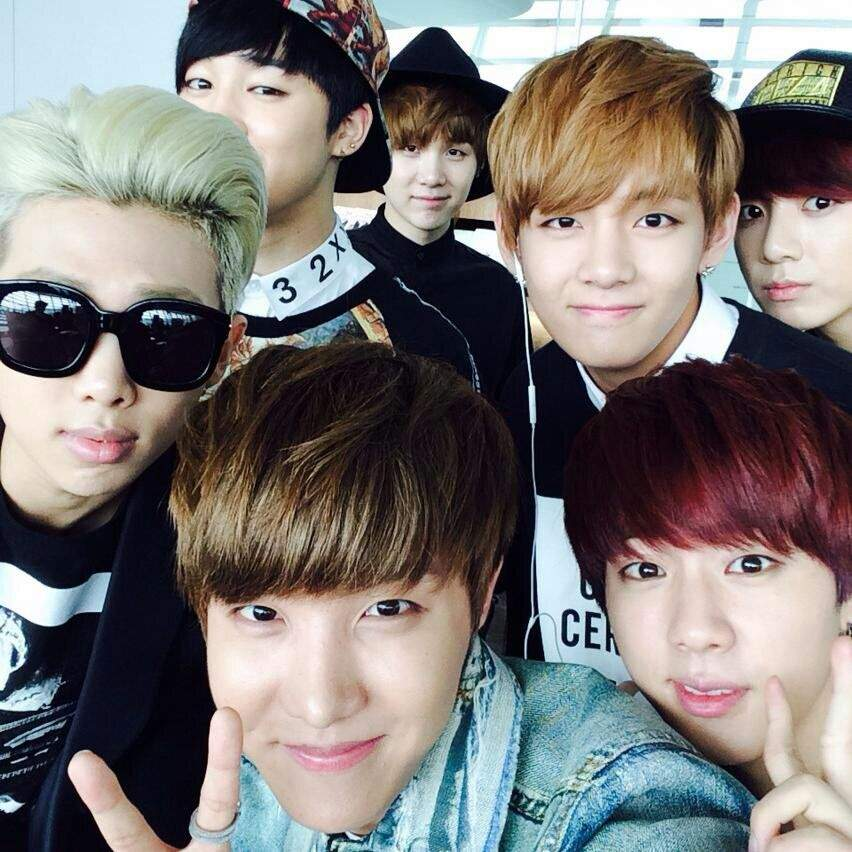 BTS cute photos when they are together 💟💟💟😘😘 | ARMY's Amino
