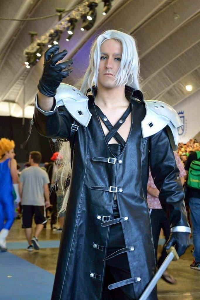 Sephiroth Cosplay Cosplay Amino