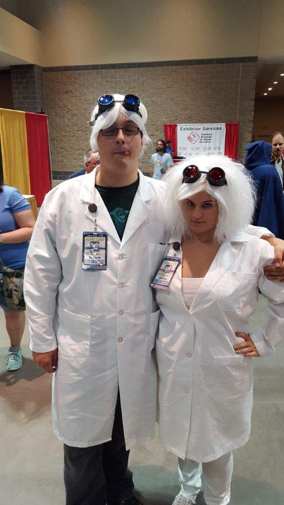 Mad Scientist Pinky And The Brain Cosplay Amino
