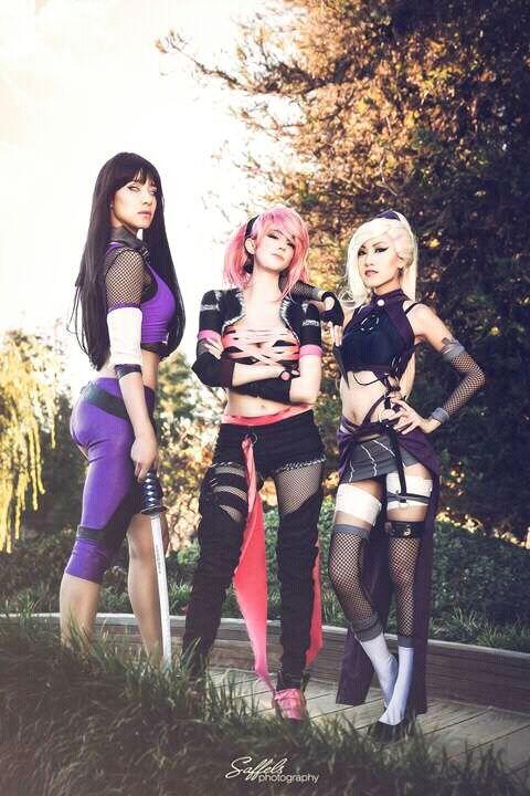Sexy goth ass #1