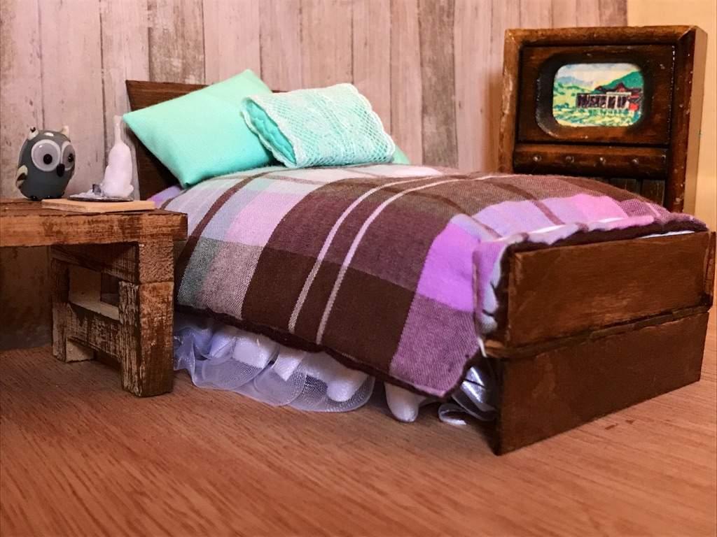 Lavender S Bedroom Diy Project Lps Amino