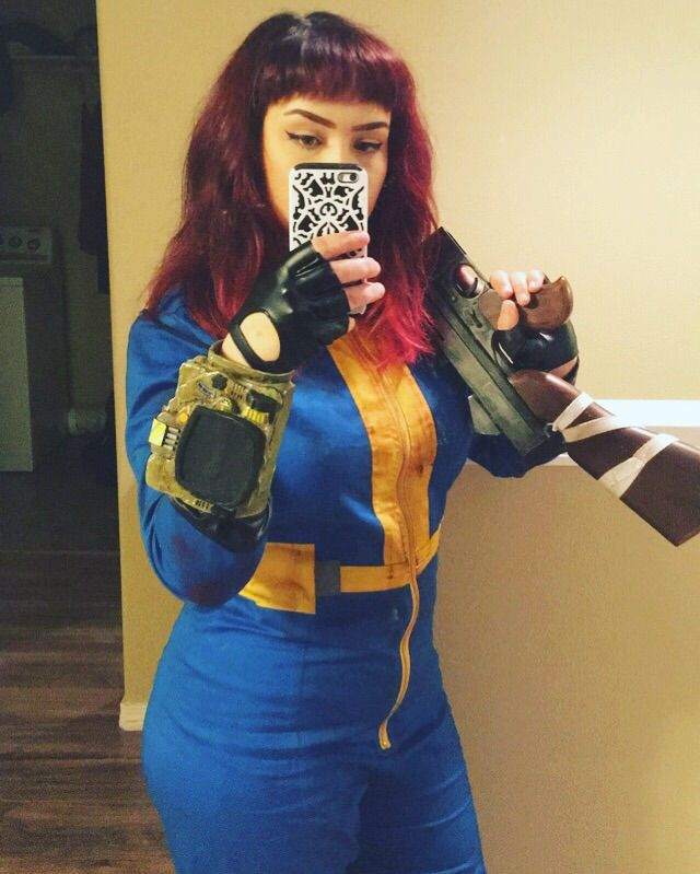 Fallout Vault Dwellers! | Cosplay Amino