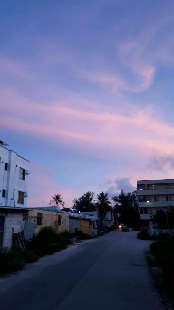 Peaceful Seventeen Night Rose Quartz Serenity Sky Carat