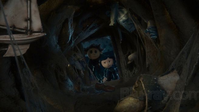Coraline Looking Deeper Than The Eyes Can See Horror Amino