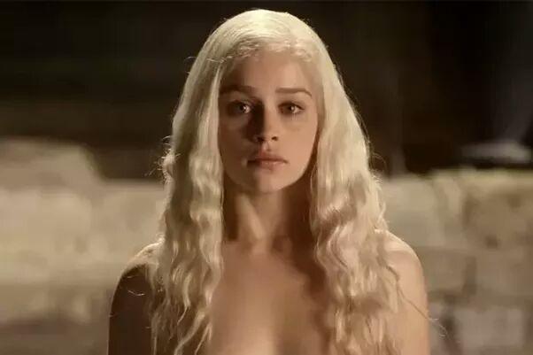 Why I Hate Daenerys Targaryen | Thrones Amino