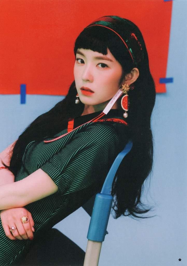 Scans The Red Summer Postcards Set Red Velvet Amino