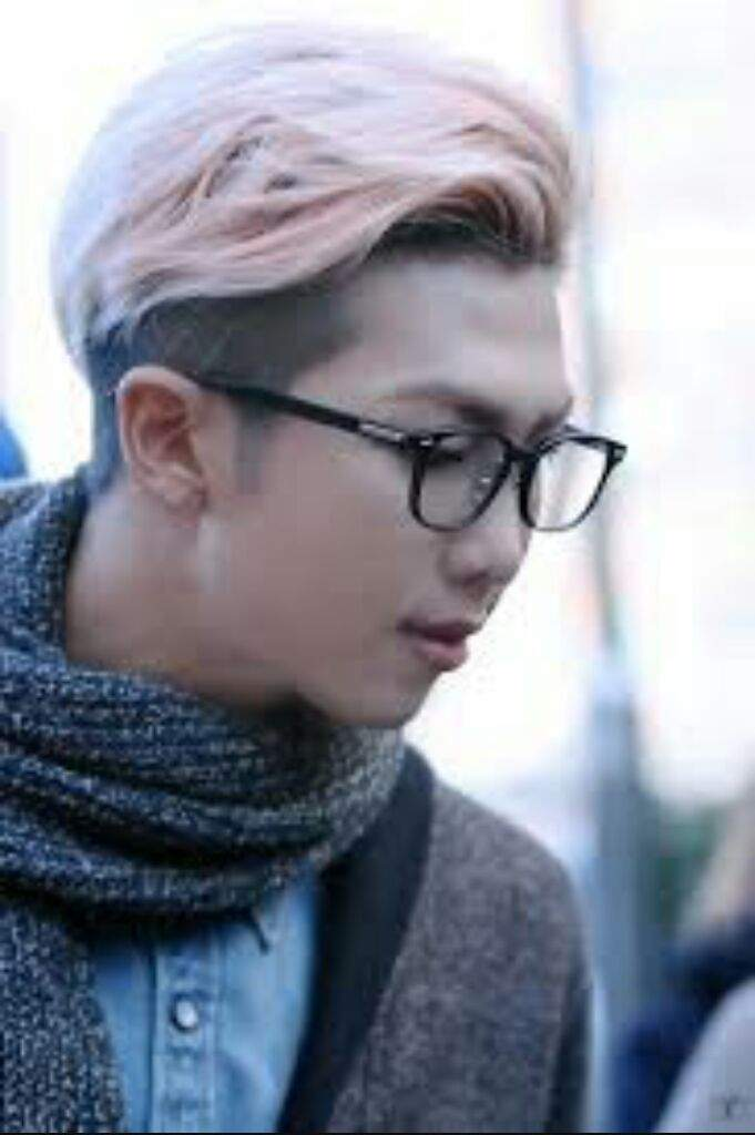 acd12ad02c8d Here is today s post with rap mon wearing glasses