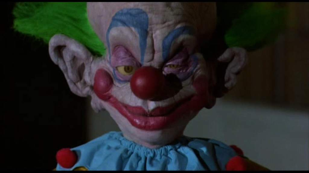 Top ten killer clowns horror amino for Return of the killer klowns from outer space