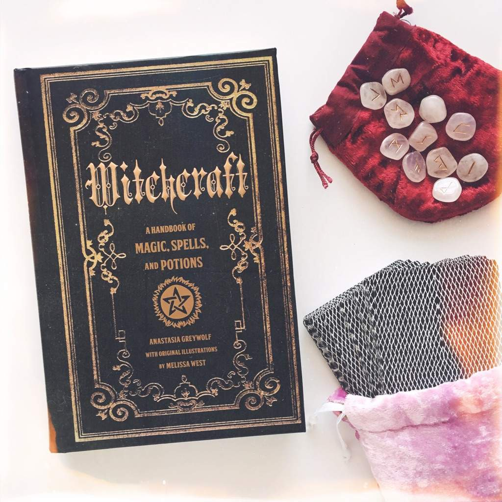 New book: Witchcraft by Anastasia Greywolf   The Witches