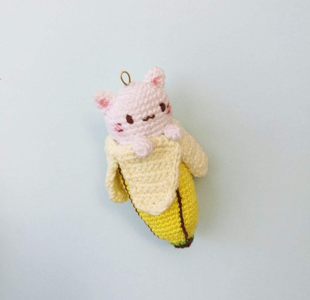 Crochet a Bananya Cat – a Campy Cartoon Banana Cat Mash-Up ... | 989x1024