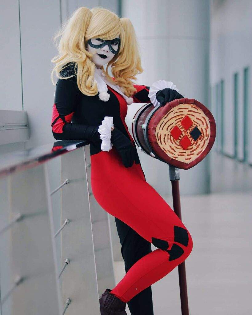 Harley Quinn Jester Suit Version Cosplay Amino