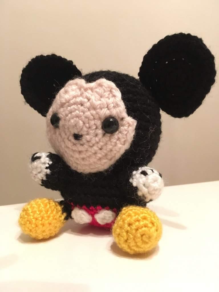 Crochet pattern Mickey Mouse - Amigurumi toy PDF pattern - Disney ... | 1024x768