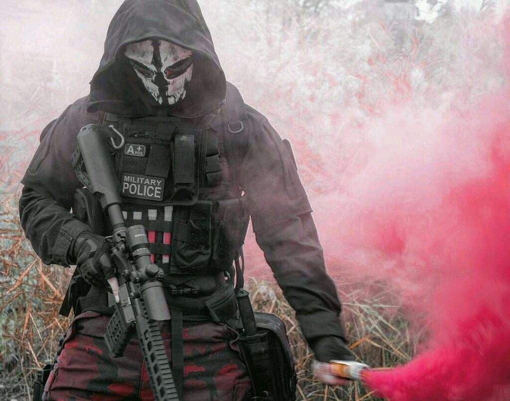 "Rainbow Six Siege White Mask: Alex ""Semtex"" Colt"