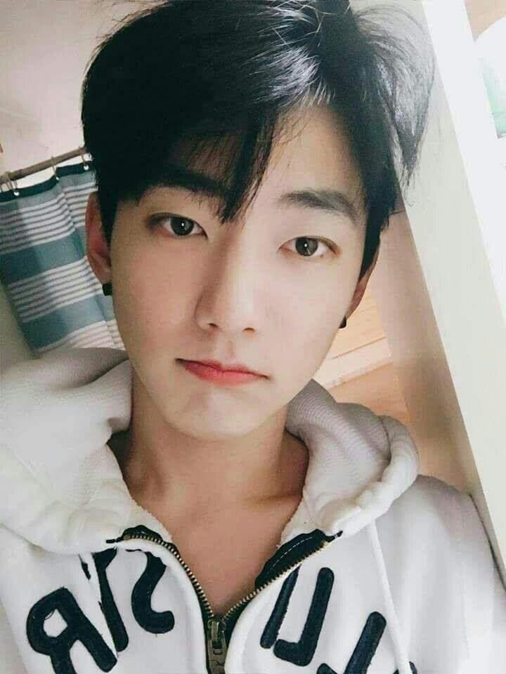 @park_yury   Ulzzang boy, Pretty people, Korean boys ulzzang