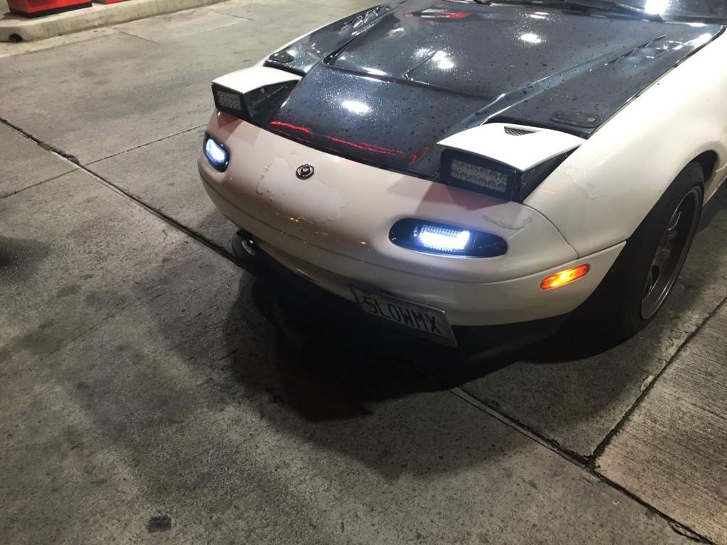 Car Shop Glow Miata Amino