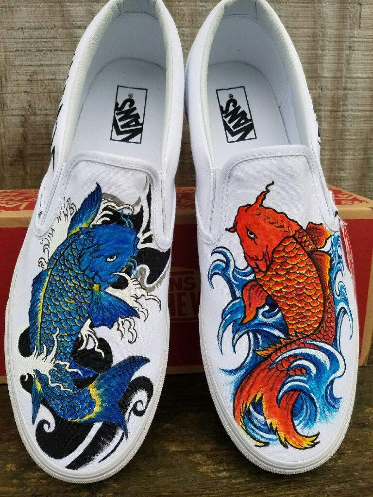 Japanese koi fish painted shoes crafty amino for Shoes with fish in them