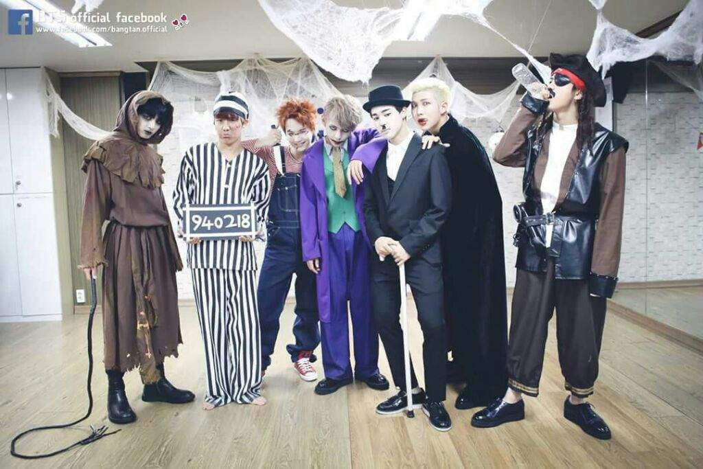 ❌BTS Halloween Through The Years ❌   ARMY's Amino