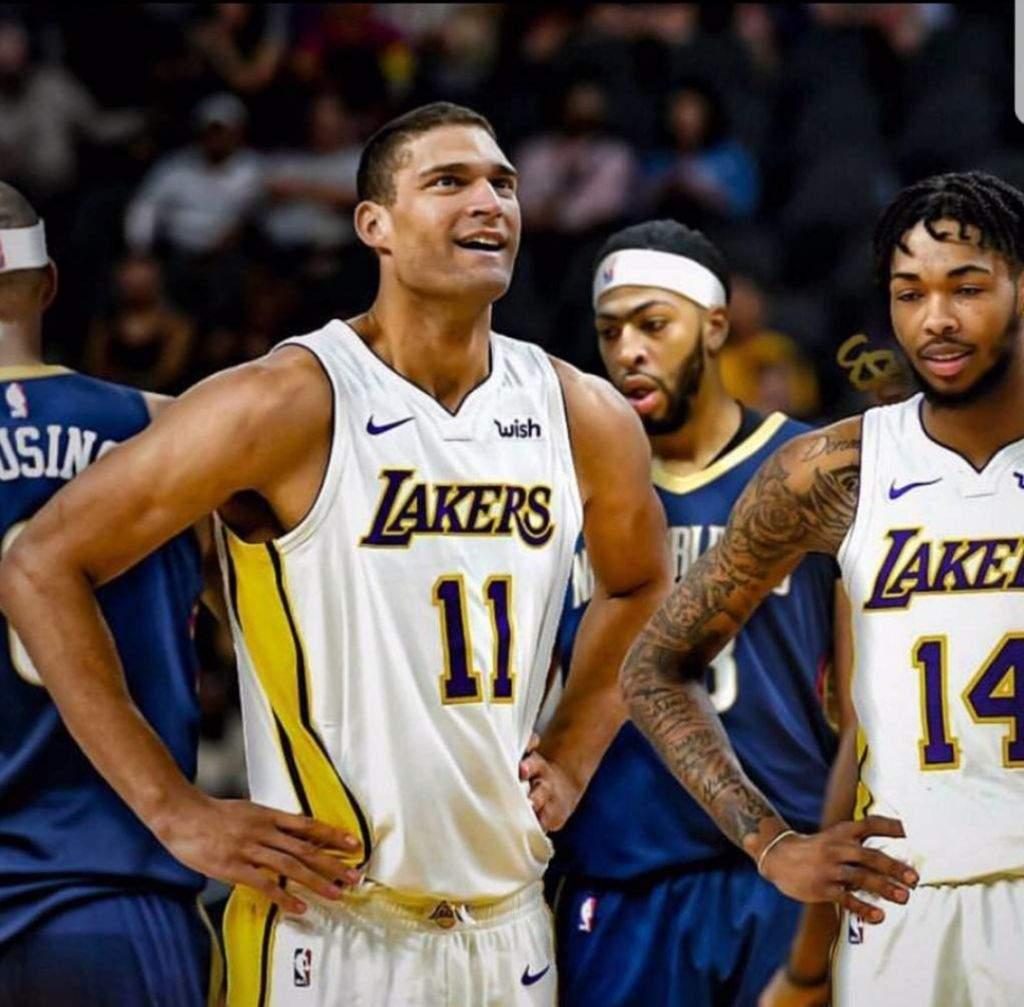 Lakers Vs Pelicans Livestream Links Lakerswrld Amino