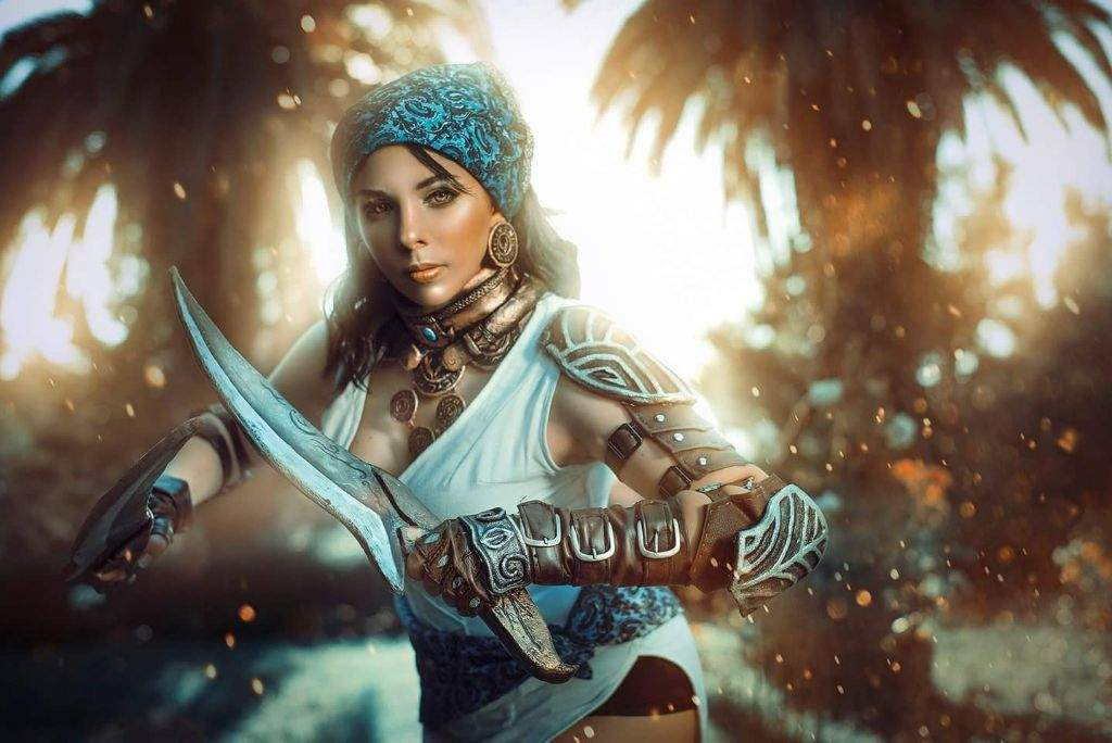 My Isabela Cosplay From Dragon Age Ii 3 Cosplay Amino