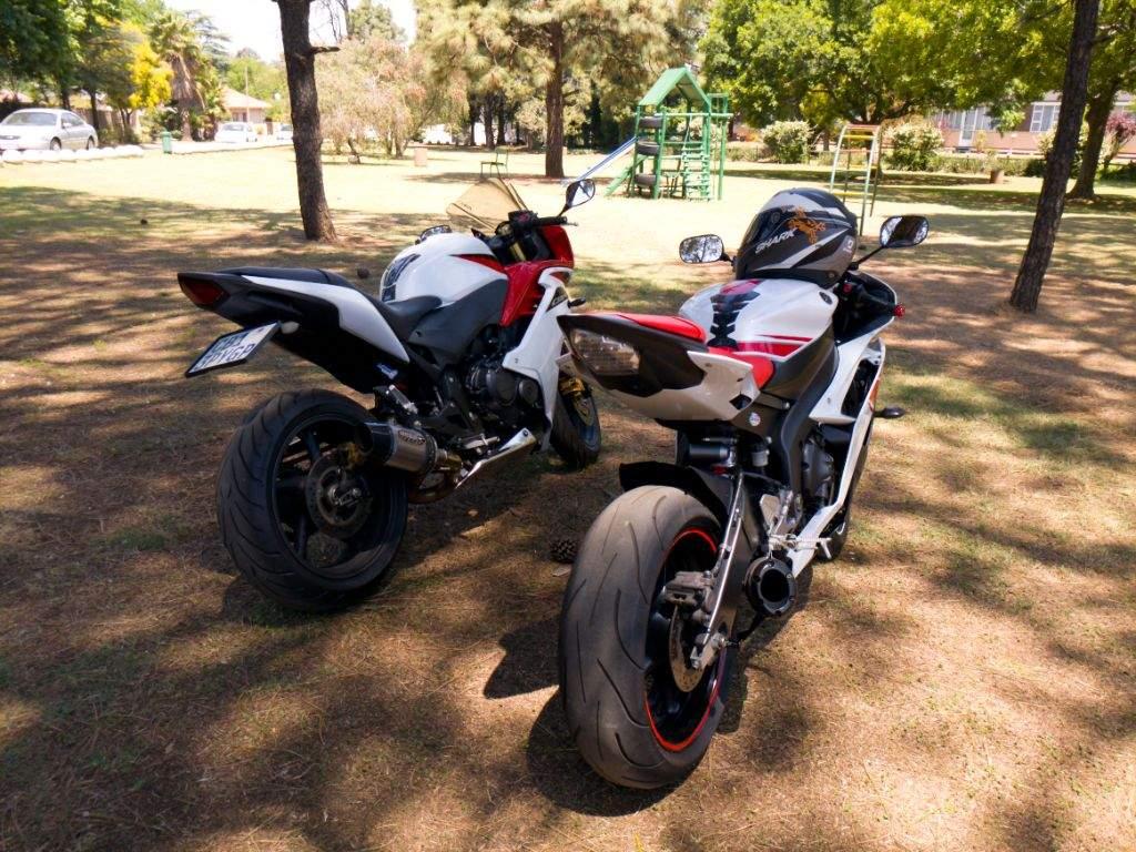 Test Ride of the Yamaha R6 | Motorcycle Amino Amino