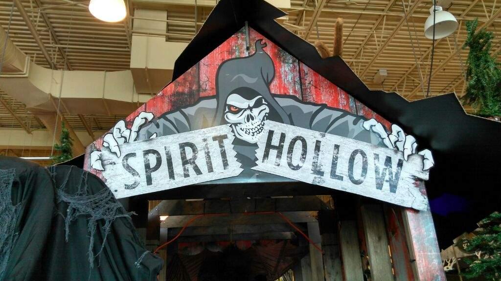 Spirit Halloween Store   Horror Amino