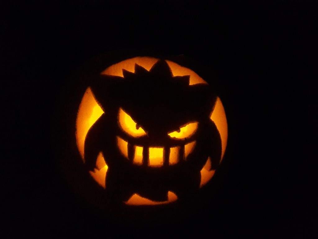 gengar pumpkin anime amino