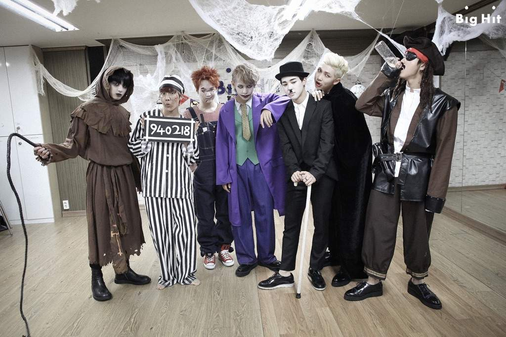 Bts Halloween Costumes Compilation 2014 2017 Army S Amino
