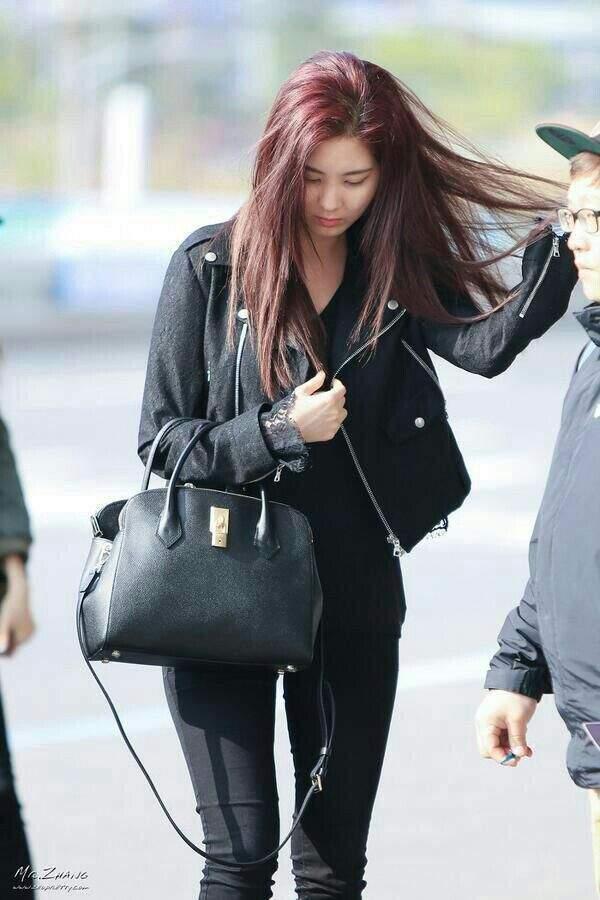 SNSD Airport Fashion (Seohyun) | Girls' Generation (소녀 시대 ...