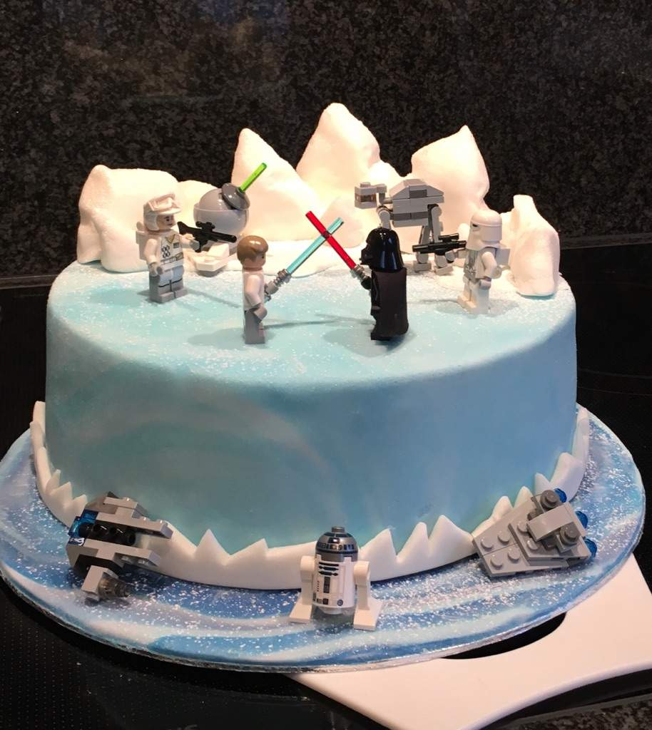 My Cousins Birthday Is Tomorrow So I Decided To Bake A Cake For Him Hes Star Wars Fan Like Me It Was Easy Decision What The Should Look