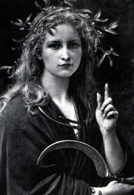 I am Aradia #LiteraryPraise   Pagans & Witches Amino