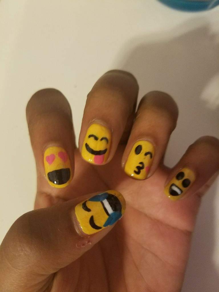Emoji Nails | Nail Art Amino