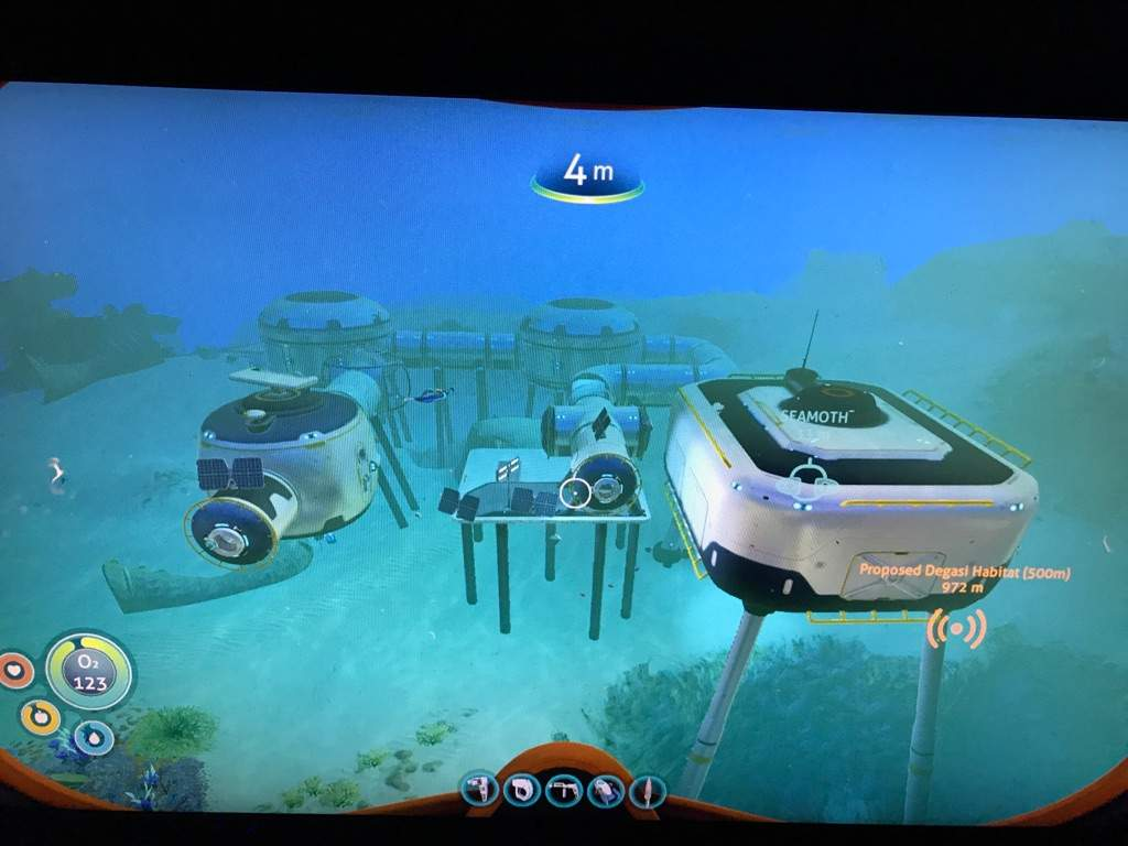 My Awesome Base Subnautica Amino I don't see a need to have one at my base in the safe shallows, since i have a pretty good idea. my awesome base subnautica amino