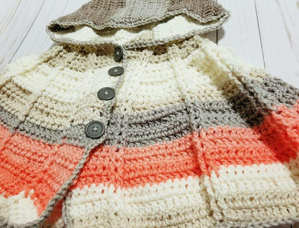Crochet Hooded Poncho | Crafty Amino