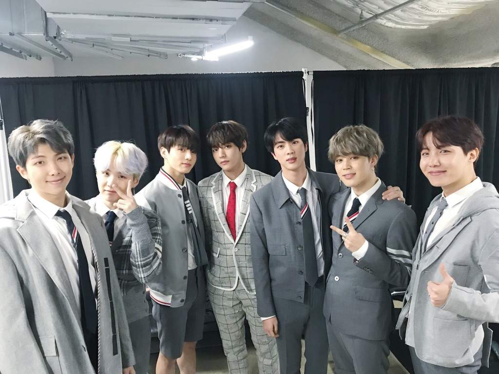 HAPPY EVER AFTER: BTS 4TH MUSTER DAY-1 | ARMY's Amino