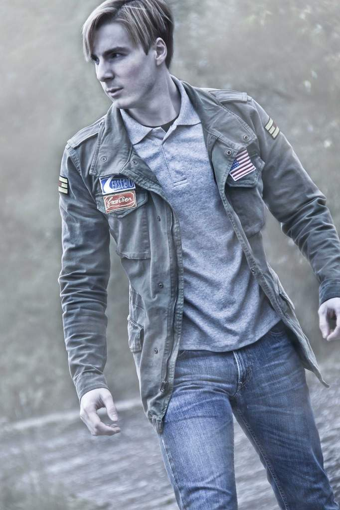 Silent Hill 2 James Cosplay Amino