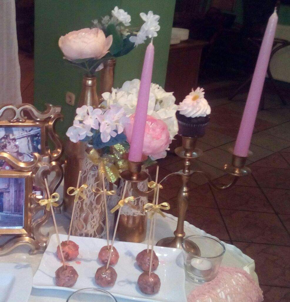 Head Table I Like The Cake Behind The Head Table So You: How To Throw A BTS Birthday Party