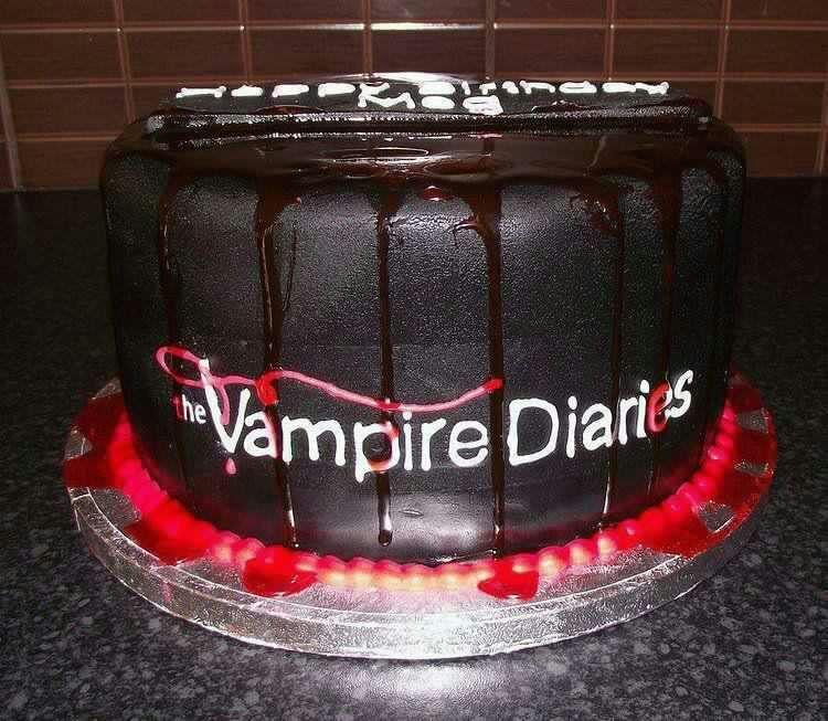 Открытки с днем рождения с дневниками вампира