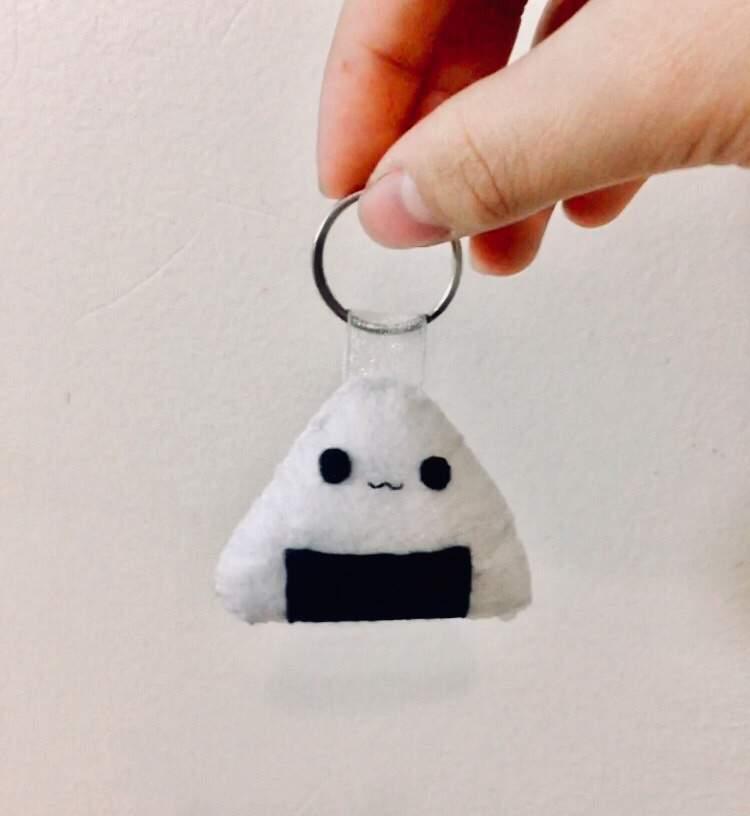 DIY felt Keychain | Sewing Amino Amino