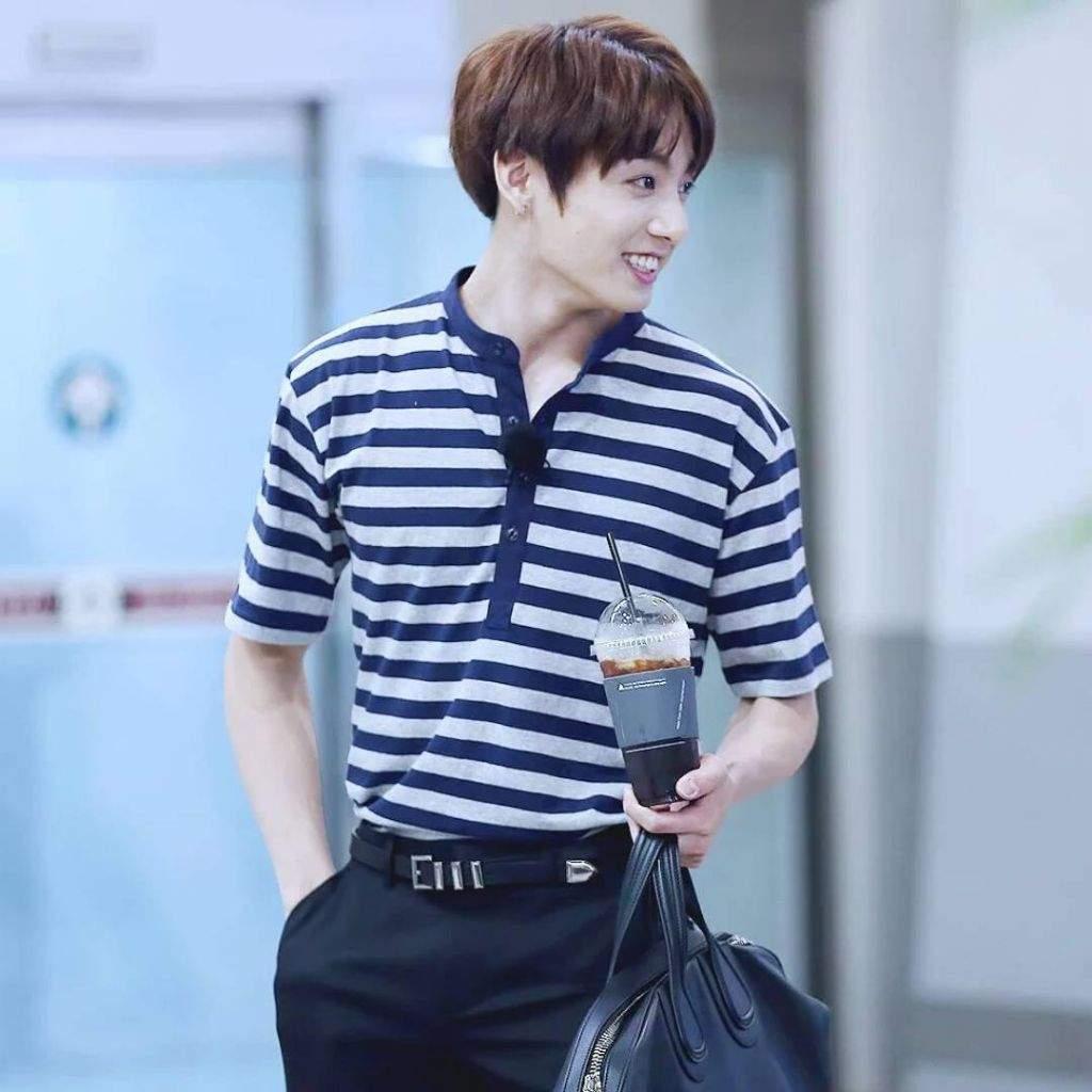 Tucked In Shirts Jeon Jungkook Armys Amino