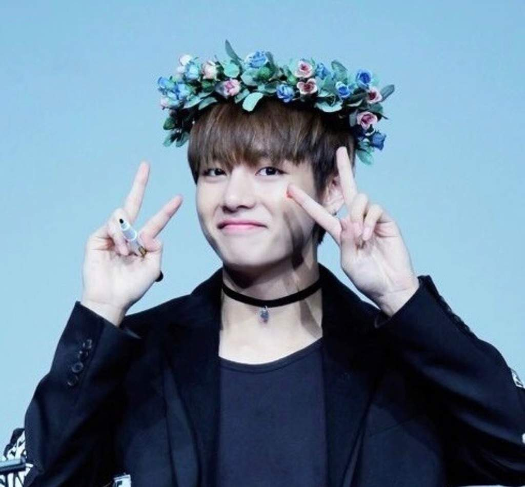 V with flower crown kim taehyung amino izmirmasajfo