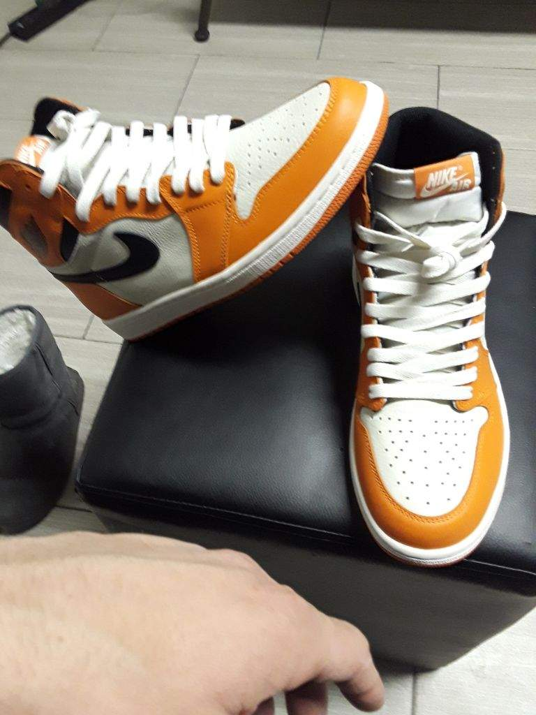 Leave it to Nike and Jordan brand to cash in on the shattered backboard  craze but not back it up with great quality leather all the way around.