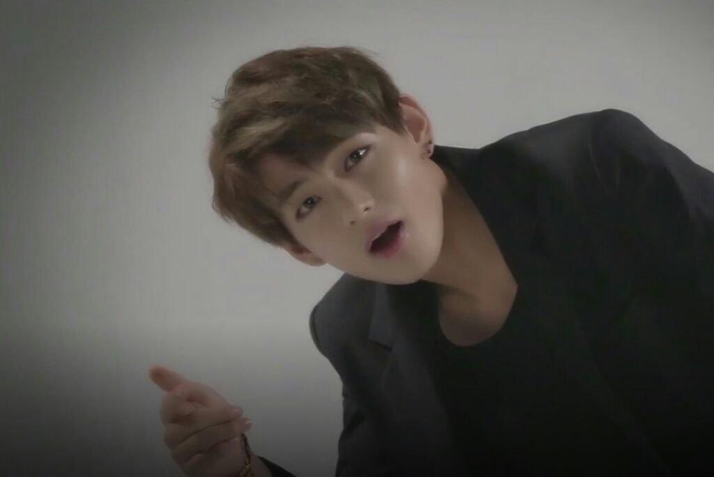 Taehyung 💜 (Run BTS Ep  1)   ARMY's Amino