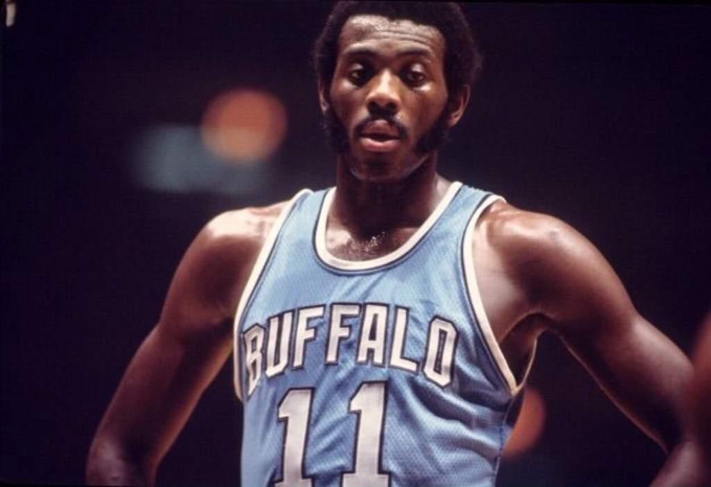 NBA Legends Profile: Bob McAdoo