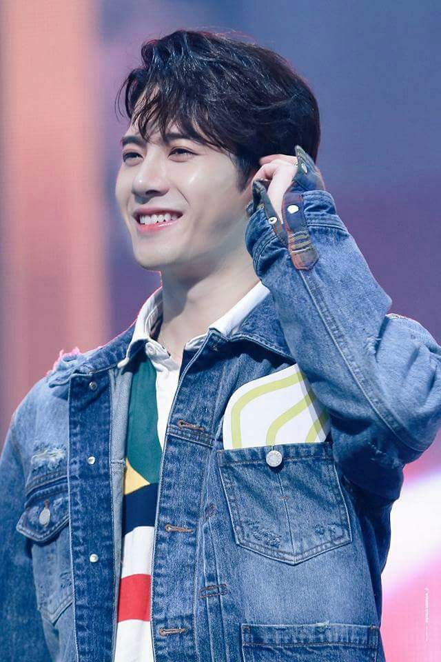 Jackson Wang Puppy I Love Your Smile Puppy Very Beautiful Smile And Face Got7 Amino