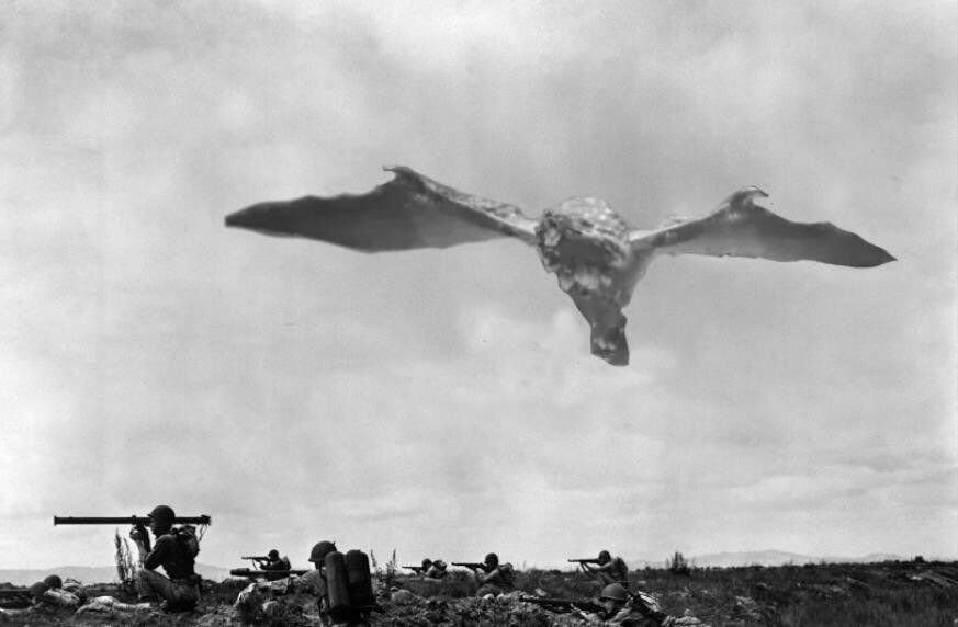 B-52 Bombing Run In Astera, New World(Decolorised) | Monster